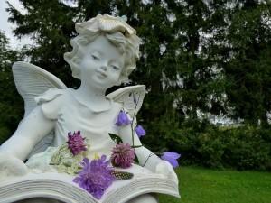 garden-statue-502379_640